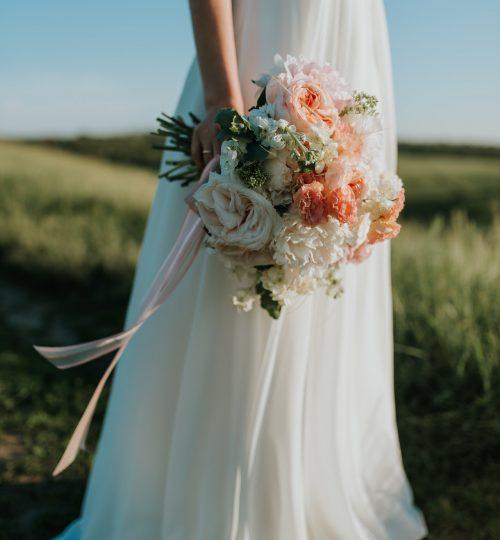 Wedding dress fotting